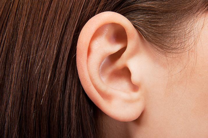 Szumy w uszach